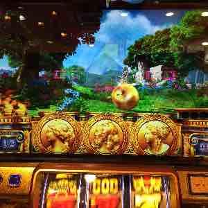 ミリオンゴッド凱旋で金リンゴ落下のGOD揃いプレミア演出画像